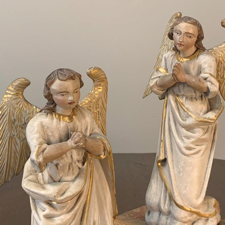 Pair of 18th Century Hand Carved and Painted Italian Angels For Sale 3