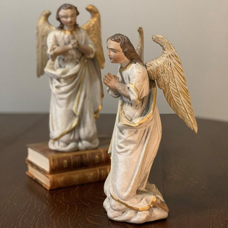 Louis XVI Pair of 18th Century Hand Carved and Painted Italian Angels For Sale