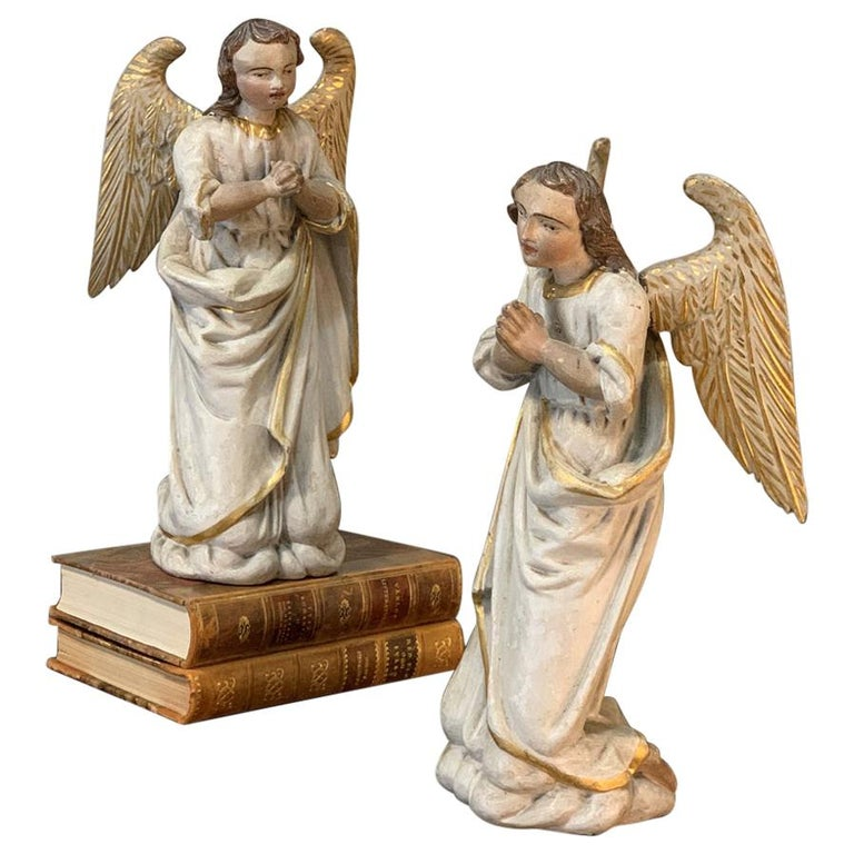 Pair of 18th Century Hand Carved and Painted Italian Angels For Sale