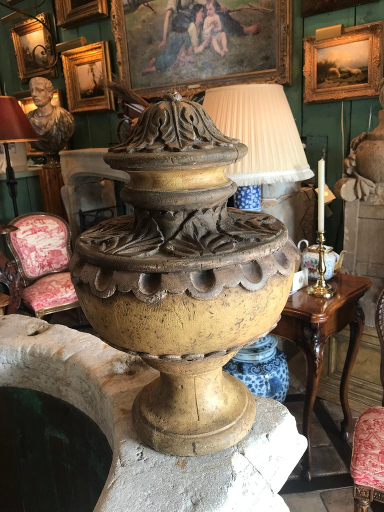18th Century and Earlier Pair of 18th Century Italian Baroque Style Decorated Wood Urn Finials For Sale