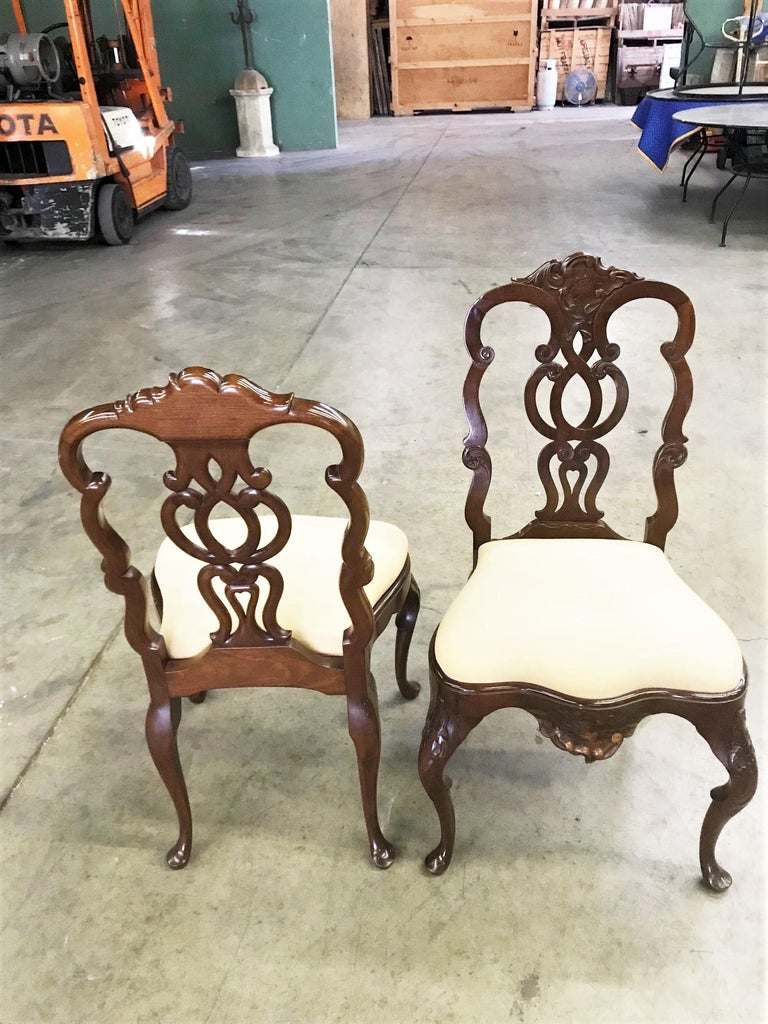 Pair Portuguese Rococo Jacaranda Hand carved Wood Dining Side Chairs Antique LA In Good Condition For Sale In West Hollywood, CA