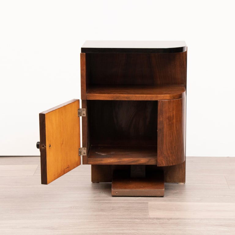 French Pair of 1930s Art Deco Walnut Tables Nightstands with Black Lacquered Tops