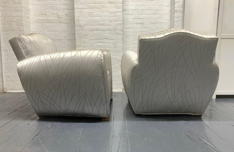 Pair of 1940s Art Deco Club Chairs In Good Condition For Sale In New York, NY