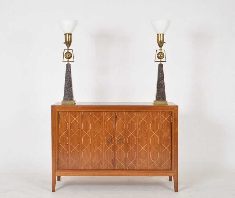 Pair of American Mid-Century Modern Obelisk Table Lamps by Rembrandt Lighting In Good Condition For Sale In Sherborne, Dorset