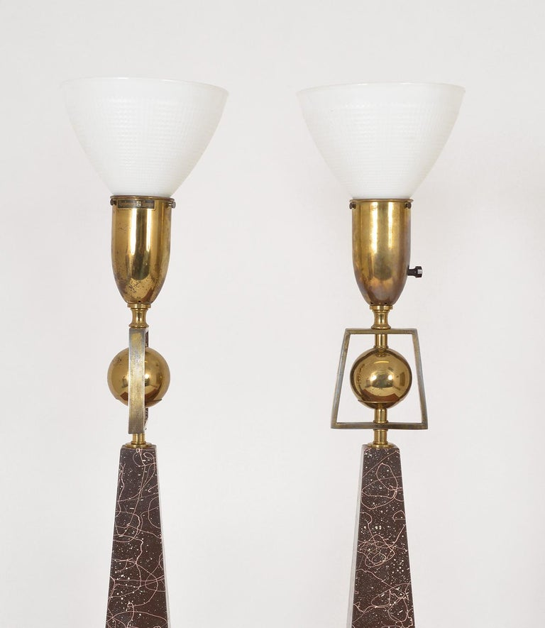 Pair of American Mid-Century Modern Obelisk Table Lamps by Rembrandt Lighting For Sale 1