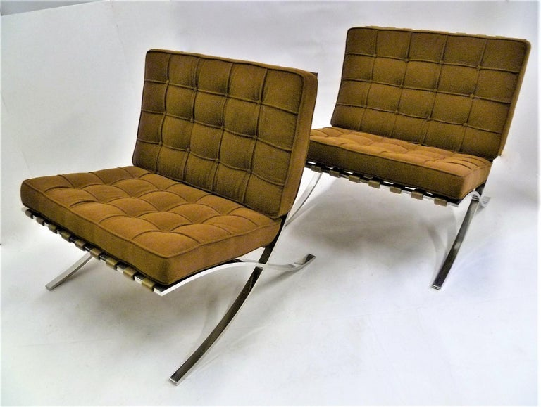Pair of 1960s Knoll Barcelona Chairs by Mies van der Rohe For Sale 3