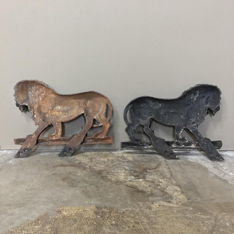 Pair of 19th Century Architectural Cast Iron Lion Statues For Sale 5