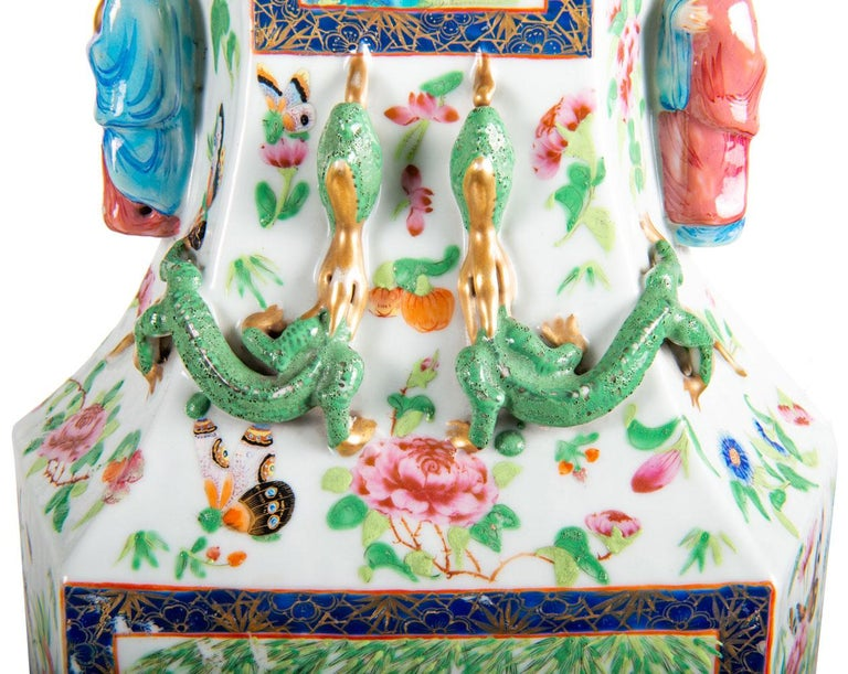 Chinese Export Pair of 19th Century Chinese Cantonese / Rose Medallion Vases For Sale