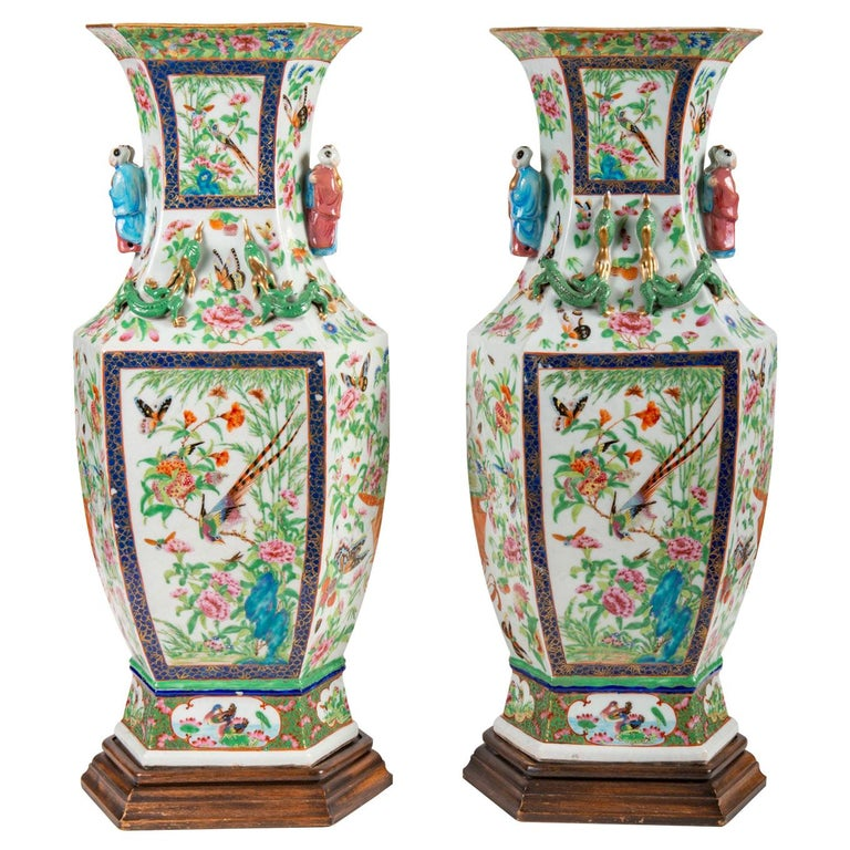 Pair of 19th Century Chinese Cantonese / Rose Medallion Vases For Sale
