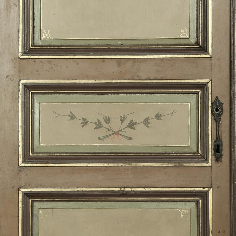 Pair of 19th Century French Hand Painted Paneled Interior Doors For Sale 3
