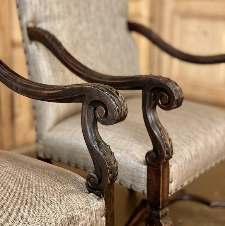Pair of 19th Century French Louis XIV Walnut Fauteuils or Armchairs For Sale 1