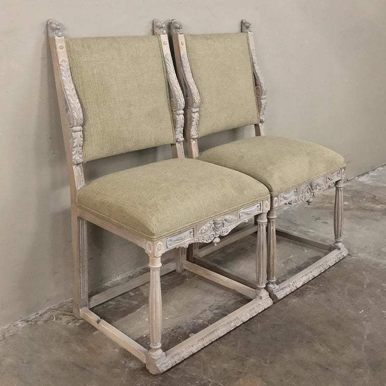Pair of 19th Century French Louis XIV Whitewashed Chairs In Good Condition For Sale In Dallas, TX