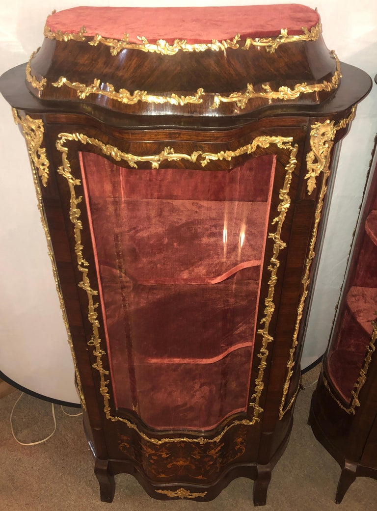 20th Century 19th Century French Bronze Mounted Inlaid Vitrines Curio Cabinets, Pair