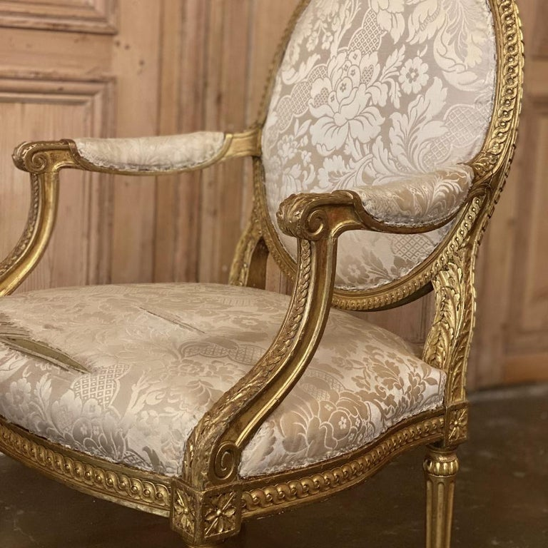 Pair of 19th Century French Louis XVI Gilded Armchairs, Fauteuils For Sale 7