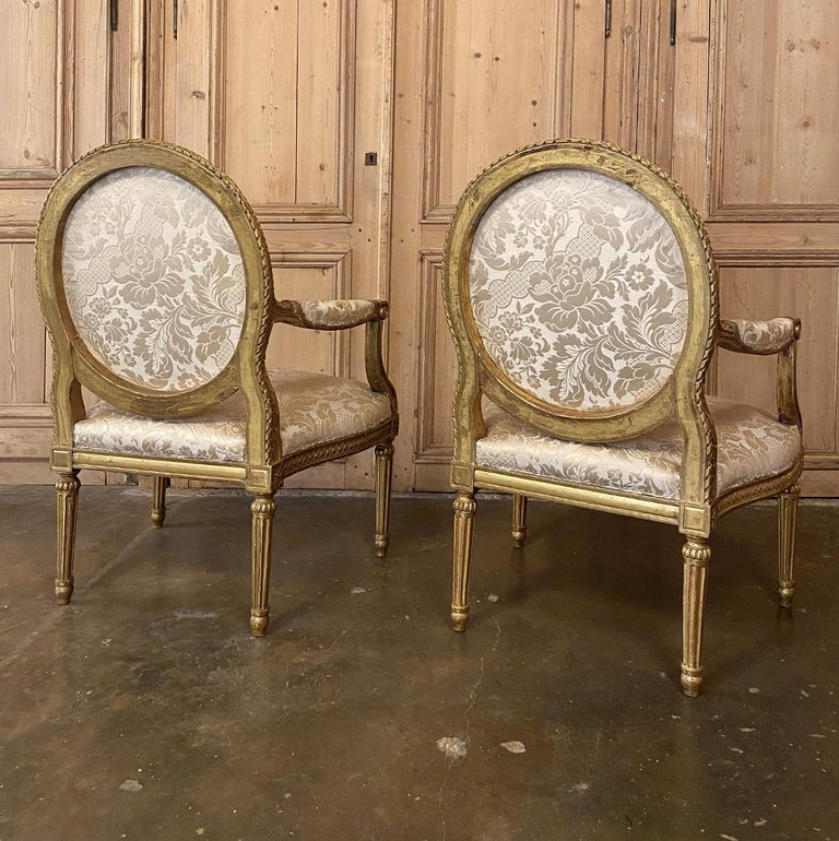 Pair of 19th Century French Louis XVI Gilded Armchairs, Fauteuils For Sale 8