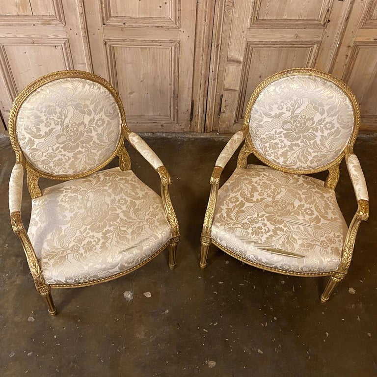 Pair of 19th Century French Louis XVI Gilded Armchairs, Fauteuils For Sale 3