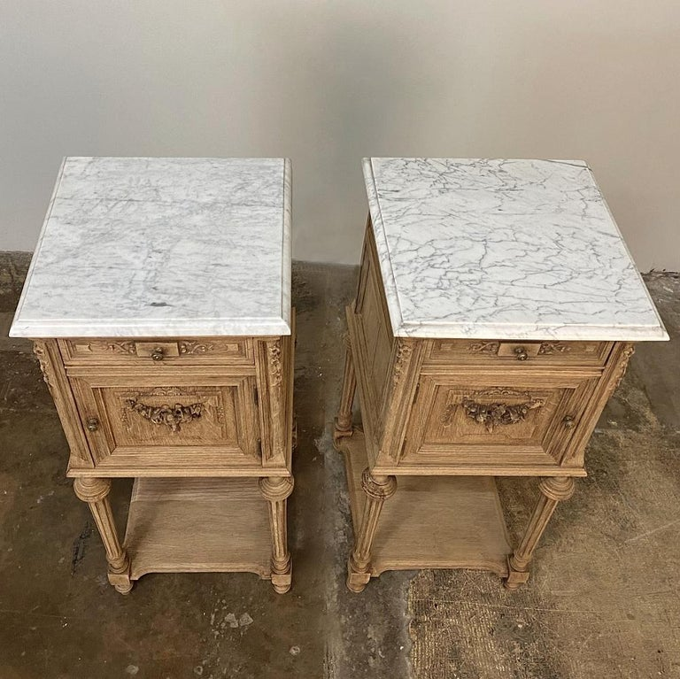 Pair of 19th Century French Louis XVI Marble-Top Nightstands 4