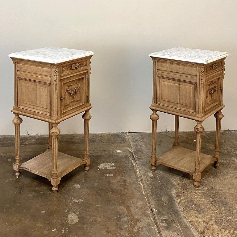 Pair of 19th Century French Louis XVI Marble-Top Nightstands 5