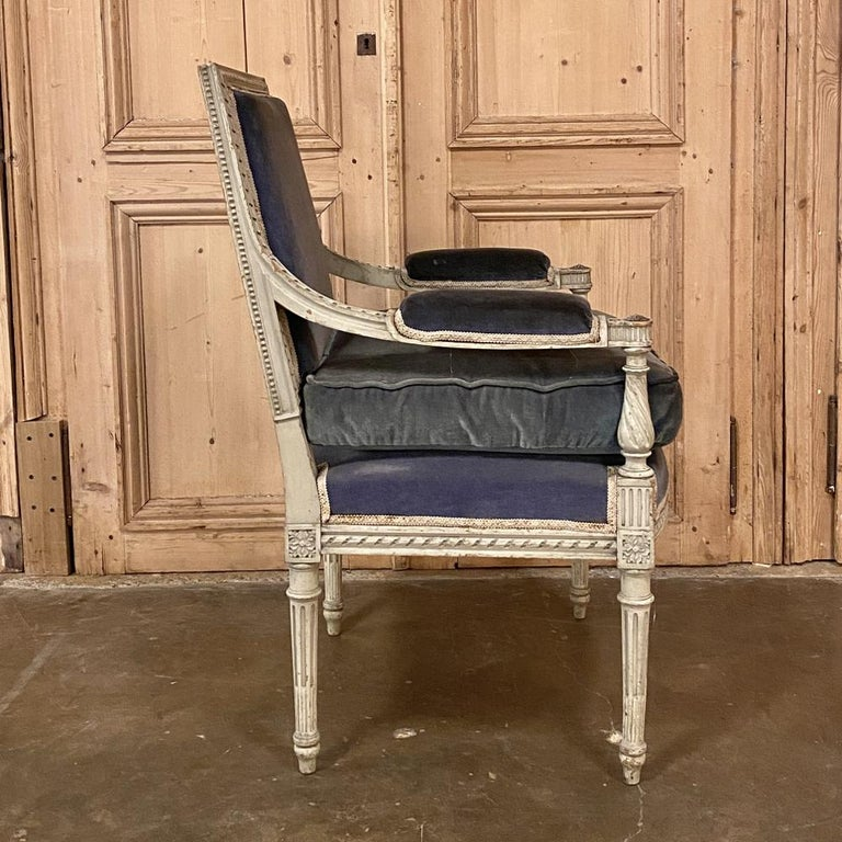 Pair of 19th Century French Louis XVI Painted Armchairs, Fauteuils For Sale 1