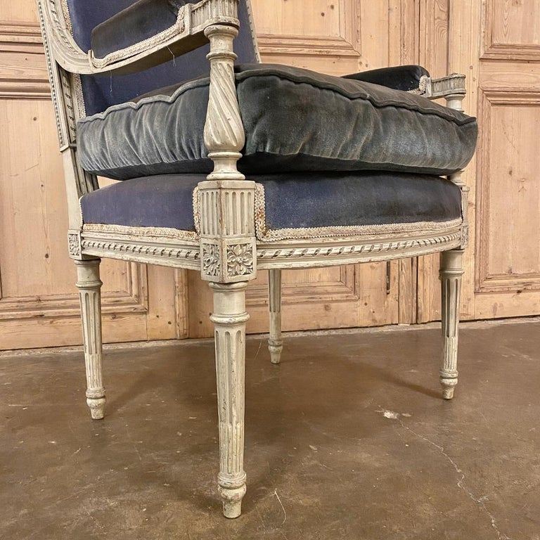 Pair of 19th Century French Louis XVI Painted Armchairs, Fauteuils For Sale 3