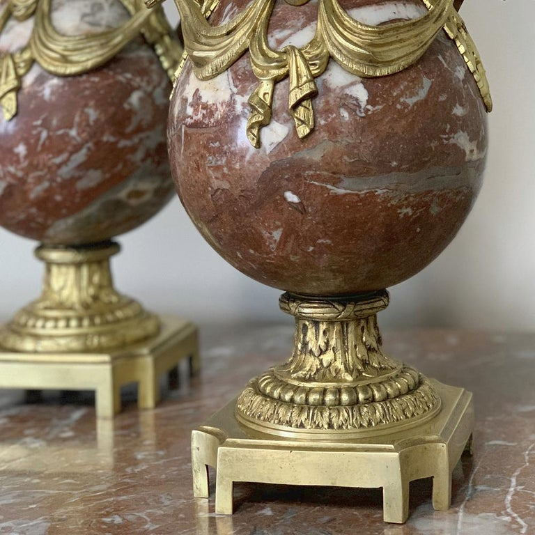 Pair of 19th Century Marble and Bronze Cassolettes For Sale 4