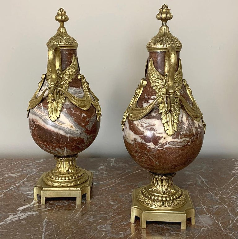 Belle Époque Pair of 19th Century Marble and Bronze Cassolettes For Sale