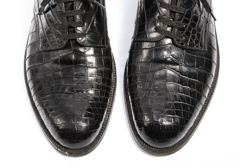 Pair Superb Royal Maker A. Gillet Paris Gentleman's 1920s  Black Crocodile Shoes In Excellent Condition For Sale In New York, NY