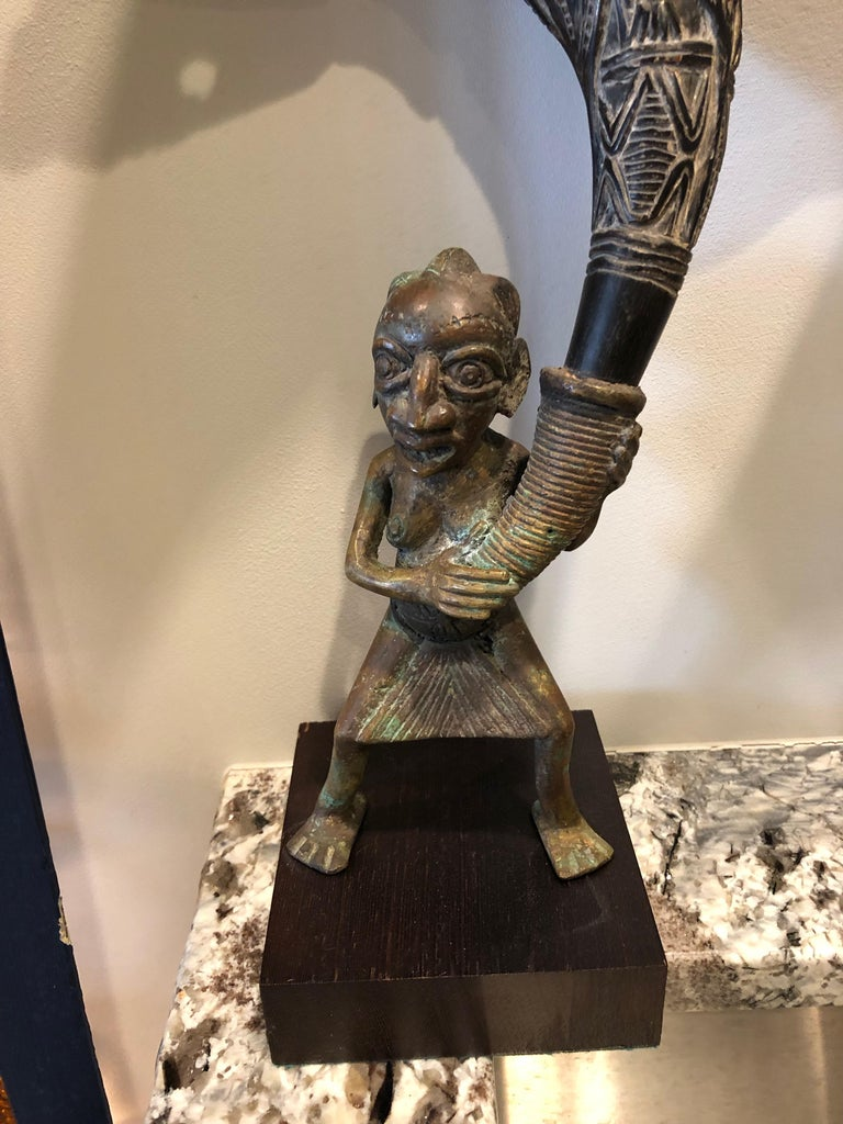 Other Pair of African Bronze Bamileke Cameroon Statues For Sale
