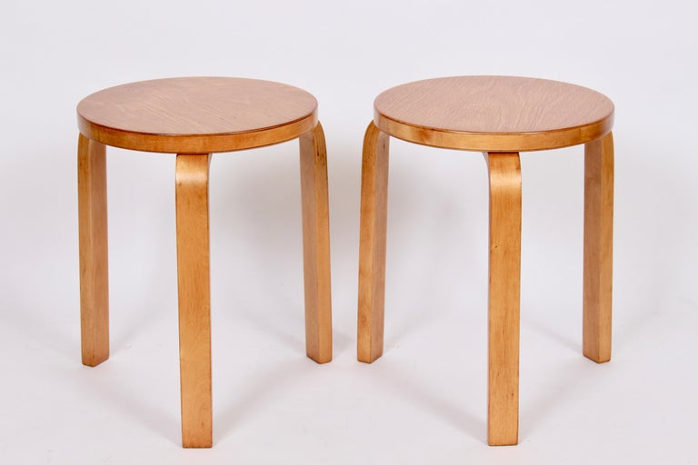 Pair of Alvar Aalto Finsven #60 Stacking Stools, 1930s For Sale 6