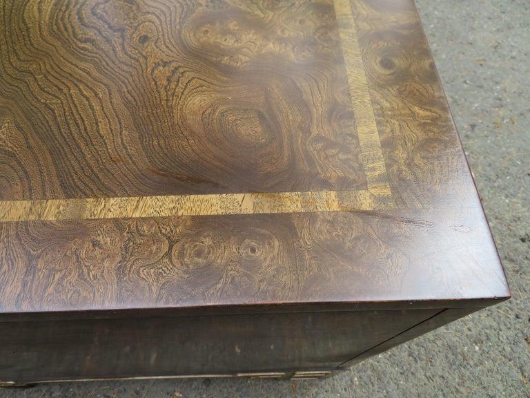 Pair Amboyna Burl Brass Mastercraft Asian End/Night Stands Mid-Century Modern For Sale 9