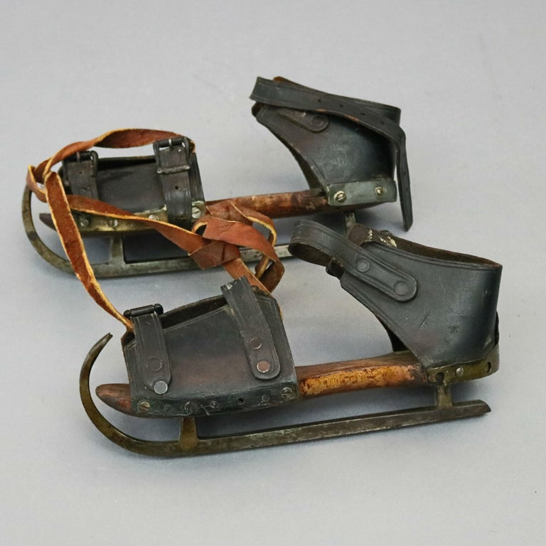 Pair of Antique Buckled Leather and Wood Ice Skates, 19th Century For Sale 2