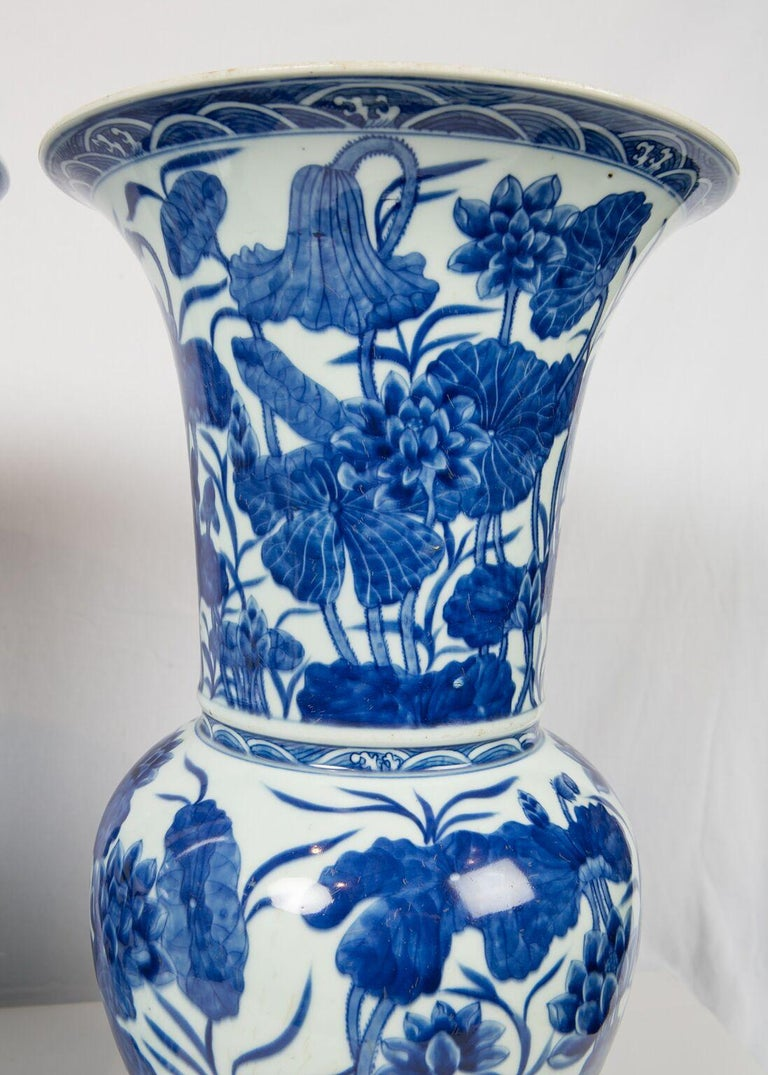 Pair of Antique Chinese Blue and White Porcelain Vases Qing Dynasty 19th Century For Sale 6