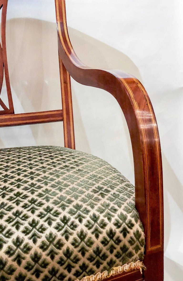 Pair of Antique English Mahogany Armchairs, circa 1880 For Sale 1