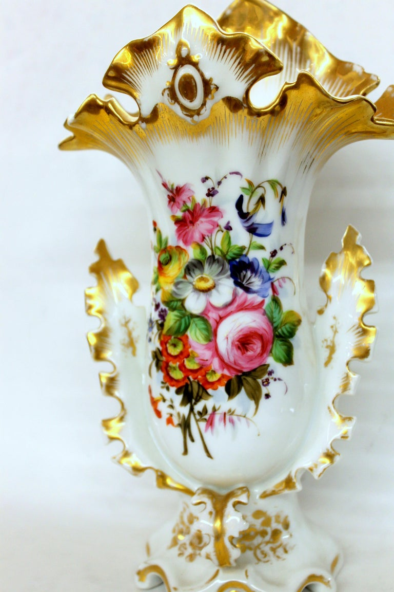 Pair of Antique French Hand Painted Porcelain Flair Vases with Botanical Sprays For Sale 8