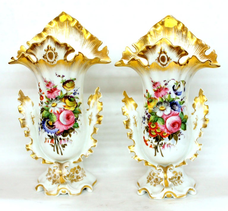 Pair of Antique French Hand Painted Porcelain Flair Vases with Botanical Sprays For Sale 1
