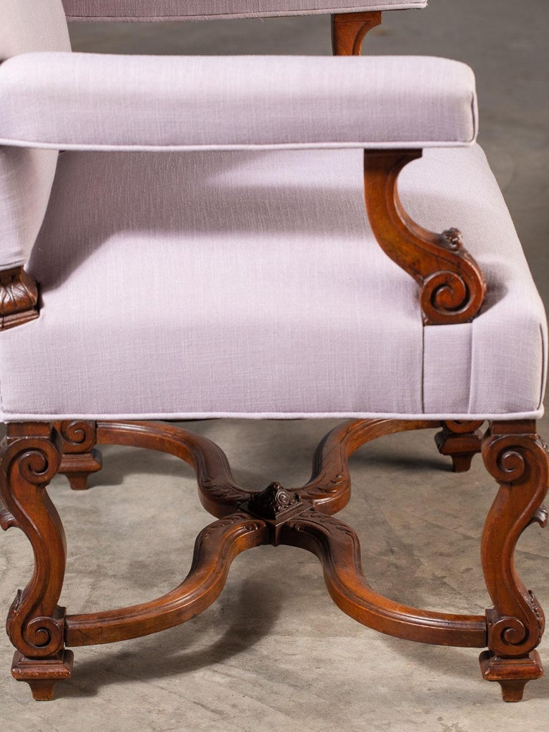 Pair of Antique French Louis XIV Régence Walnut Chairs, circa 1875 For Sale 8