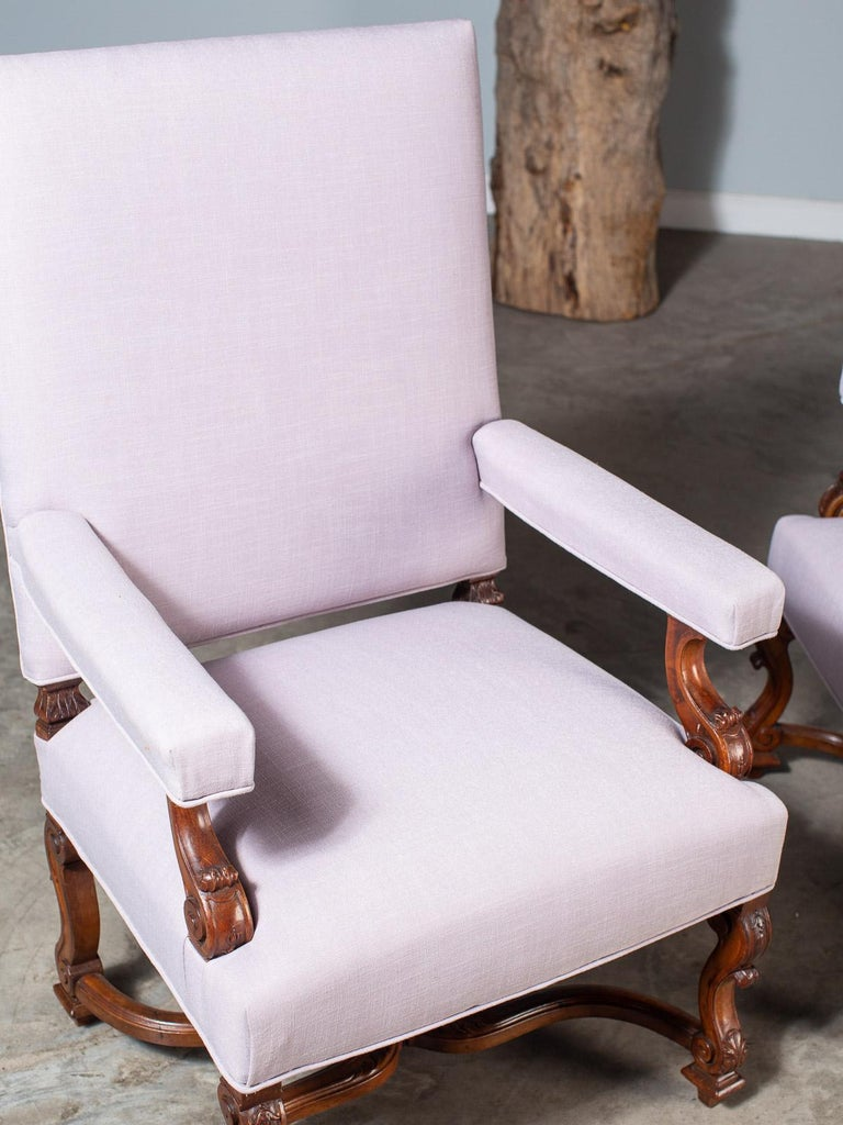 Pair of Antique French Louis XIV Régence Walnut Chairs, circa 1875 For Sale 13