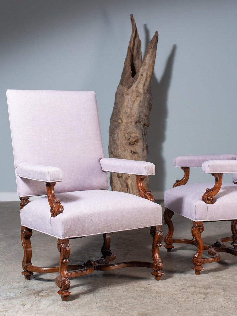 Pair of Antique French Louis XIV Régence Walnut Chairs, circa 1875 For Sale 14