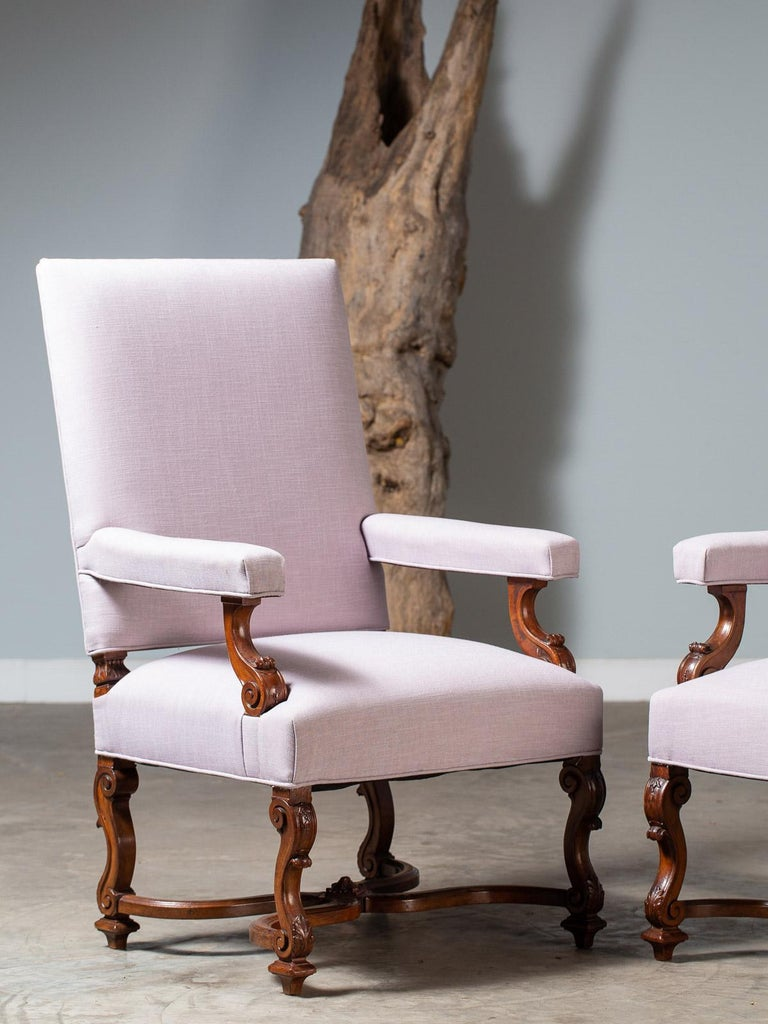 Carved Pair of Antique French Louis XIV Régence Walnut Chairs, circa 1875 For Sale