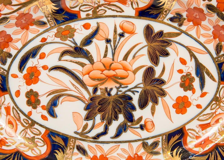 Pair Antique Imari Inspired Porcelain Dishes Hand-Painted by Coalport For Sale 3