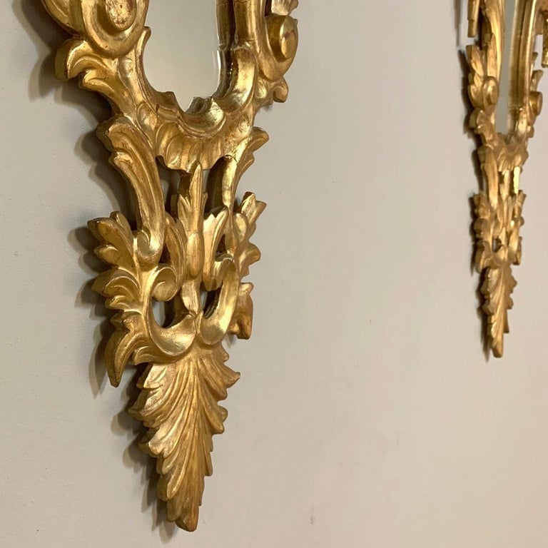 Pair of Antique Italian Baroque Carved Giltwood Mirrors For Sale 9