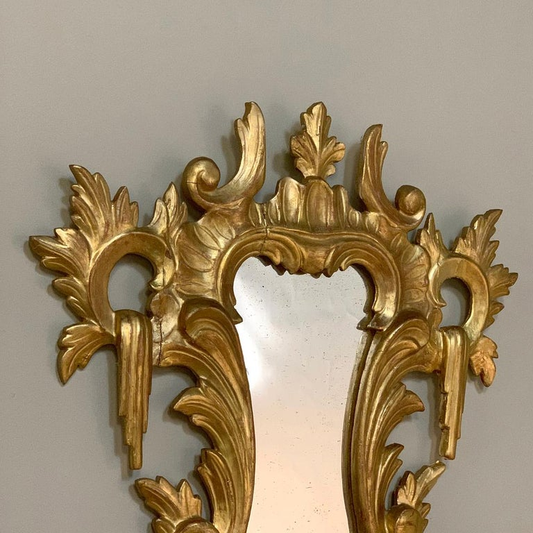 Pair of Antique Italian Baroque Carved Giltwood Mirrors For Sale 3