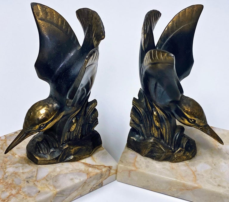 French Pair of Art Deco Bronze Kingfisher Bookends, France, circa 1930 For Sale