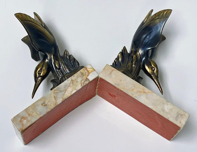 20th Century Pair of Art Deco Bronze Kingfisher Bookends, France, circa 1930 For Sale