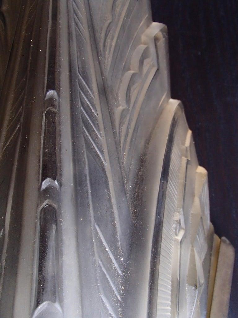 Pair of Art Deco Scones Wall Lights Signed Verrerie des Hanots For Sale 2