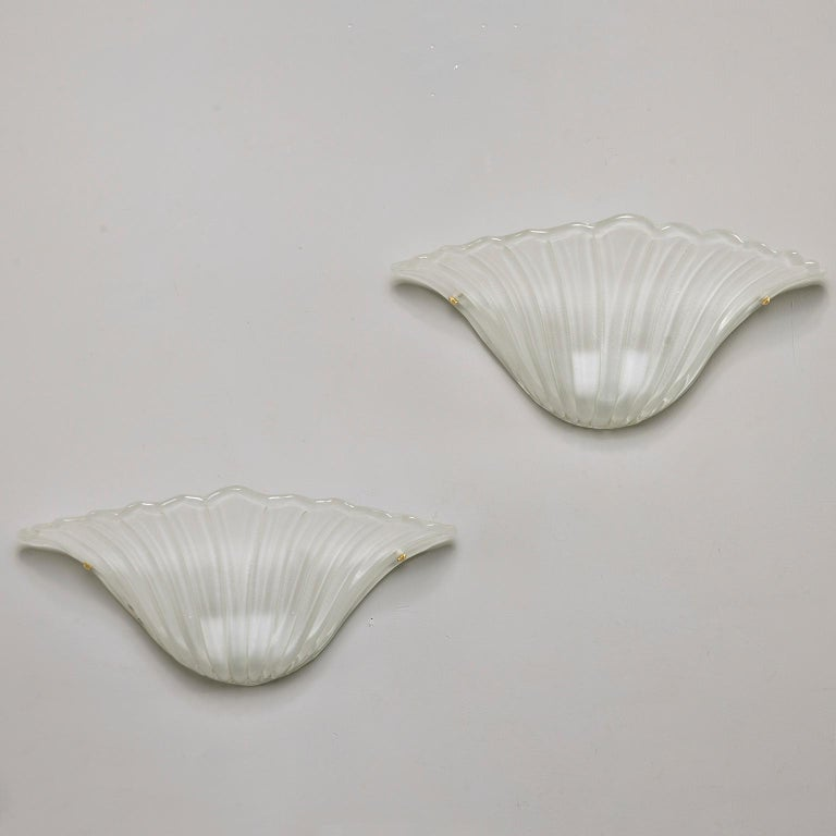 Pair of Art Deco White Frosted Shell Shape Sconces In Good Condition For Sale In Troy, MI