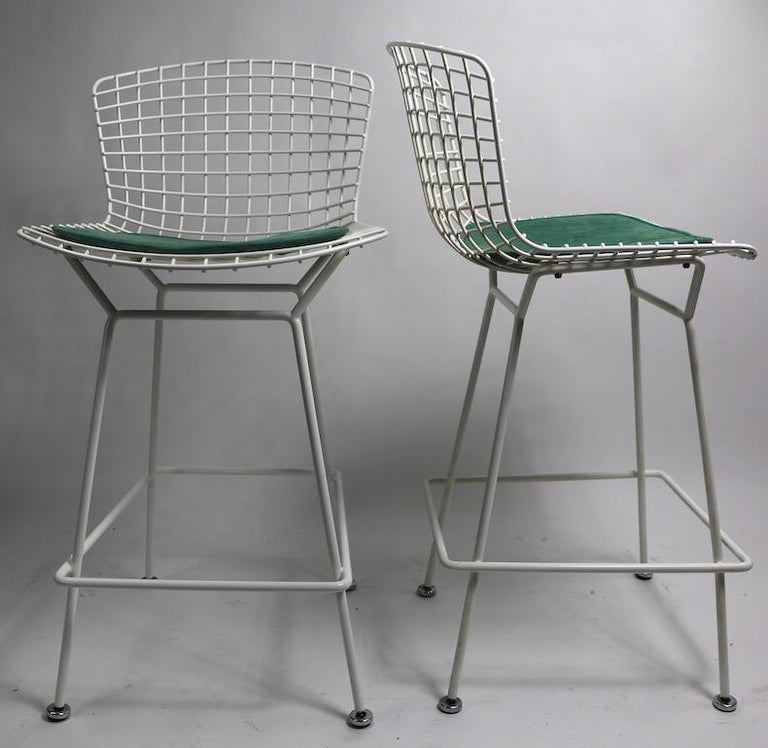 American Pair of Bar Counter Stools by Bertoia for Knoll For Sale