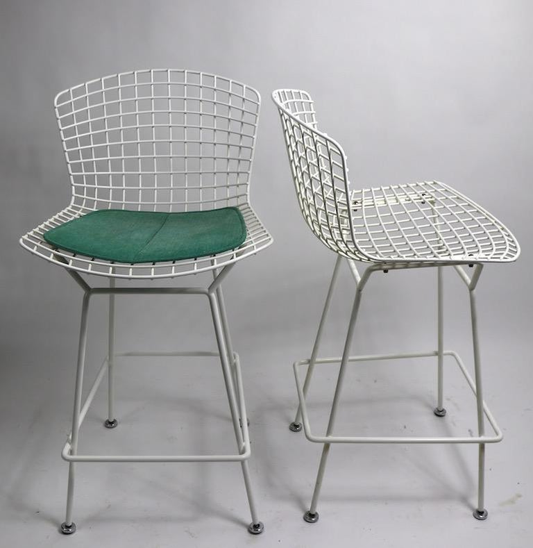 20th Century Pair of Bar Counter Stools by Bertoia for Knoll For Sale