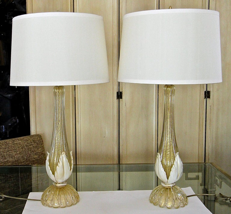 European Pair murano Gold White Table Lamps For Sale