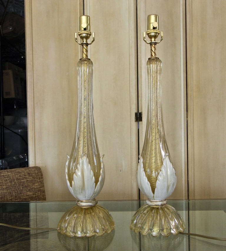 Pair murano Gold White Table Lamps In Good Condition For Sale In Palm Springs, CA